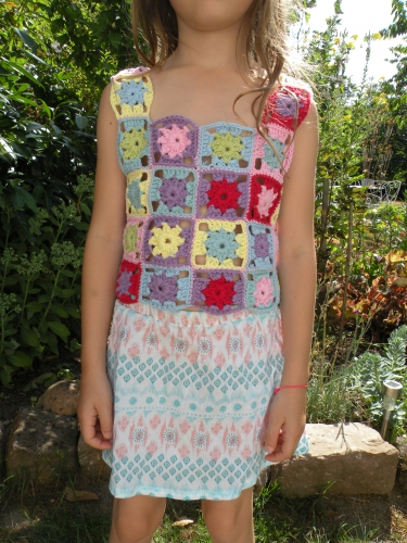 top crochet fille en  6ans.JPG