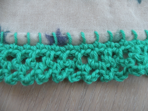 bordure fantaisie au crochet.JPG